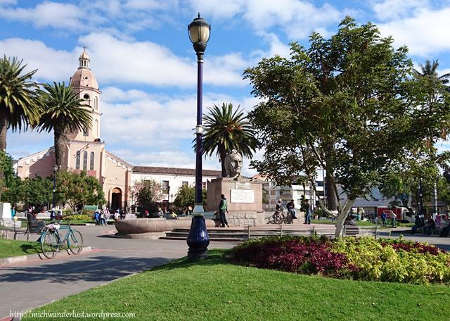 Parque Bolivar Otavalo Ecuador