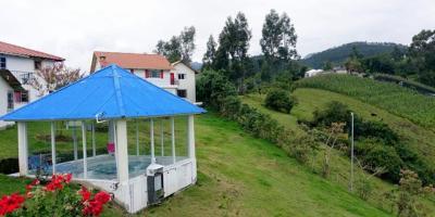 Rose Cottage | Otavalo | Mojandita | Ecuador