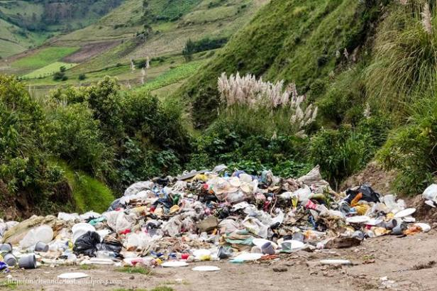 mountain of rubbish on the road from Guantualo to Isinlivi   Quilotoa Loop   Ecuador   hiking in Ecuador